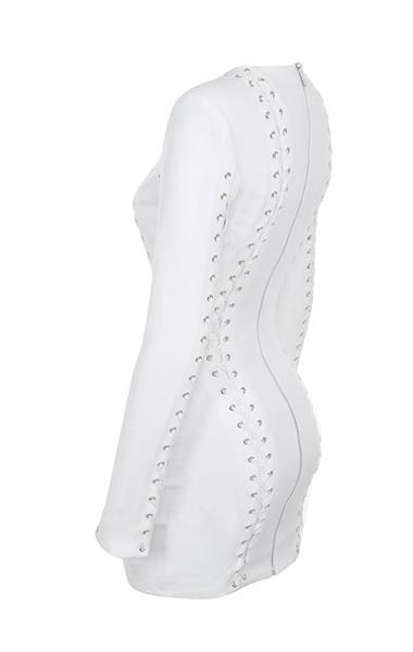 alessia in white